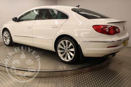used_VOLKSWAGEN_PASSAT_diesel_for_sale_newcastle_england_uk (30)