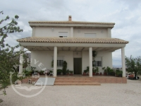 HOUSES AND VILLAS FOR SALE IN SPAIN