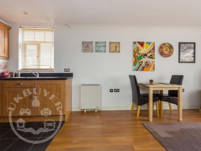 1_bedroom_flat_for_sale_moseley_birmingham_uk_ukbuyer_classifieds_4