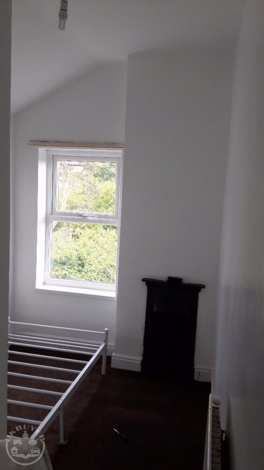 3 rooms available to rent in a shared 4 bed house - bills included